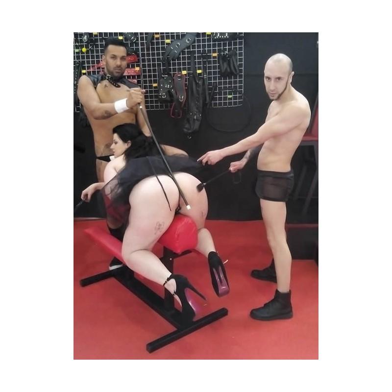 BDSM martillo sonando tortura